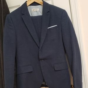 H&M 2 piece suit for youth